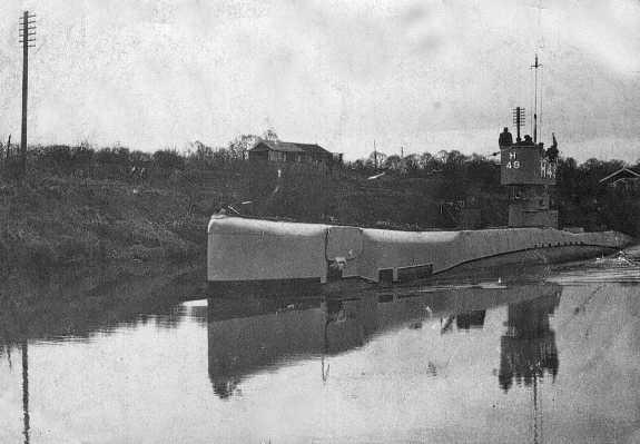 Submarine in Gloucester circa 1940s
