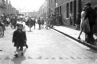 A street party in Victory Rd, Tredworth to celebrate the end of World War II
