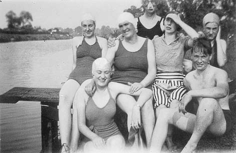 1940 bathing suits
